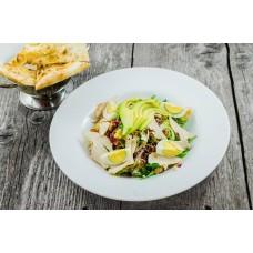 Salata cu pui si avocado