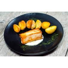 Ceafa de porc sous vide cu sos de hrean